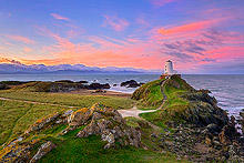 Ynys Llanddwyn Lighthouse Photos